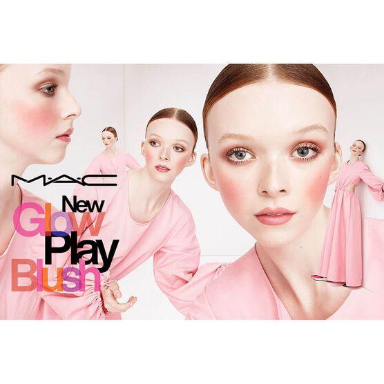 MAC        PLAY BLUSH    FACE 7G